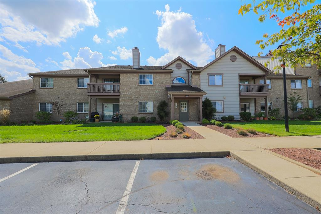 8513 Breezewood Court 102 West Chester - West, OH