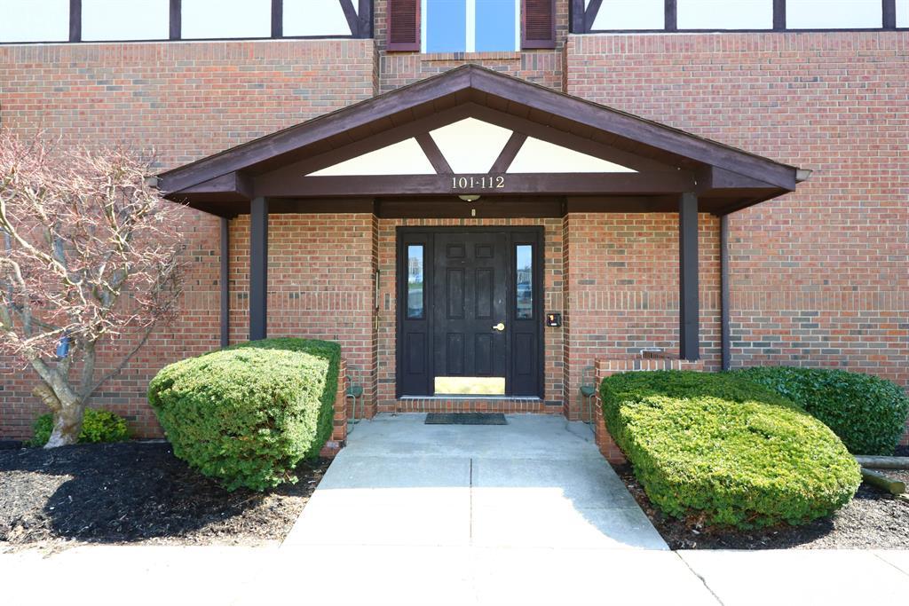 Entrance for 100 Highland Trc, 104 Highland Heights, KY 41076