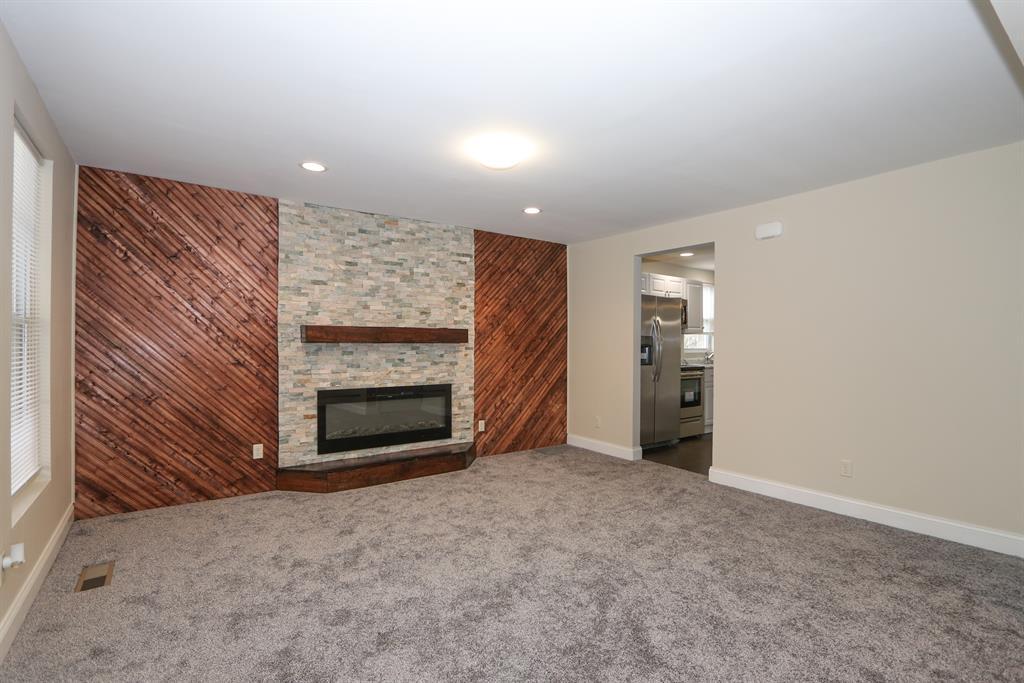 Living Room image 2 for 2916 Park St Burlington, KY 41005