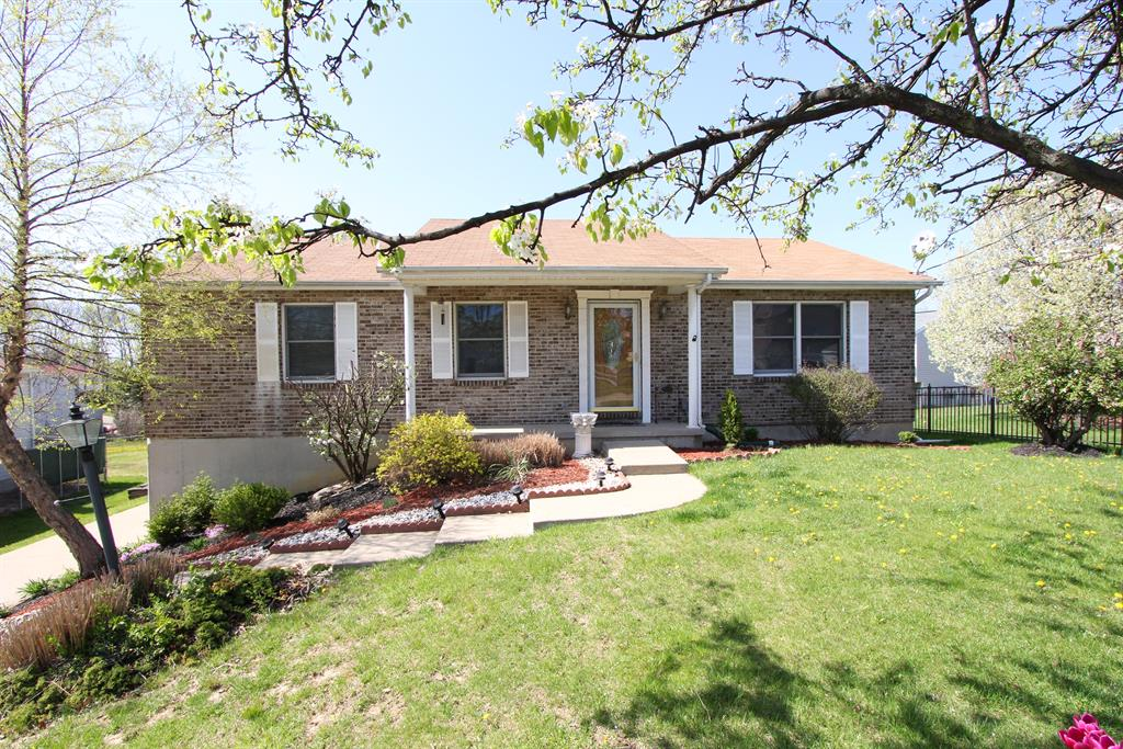 Exterior (Main) for 6 Fieldstone Ct Florence, KY 41042