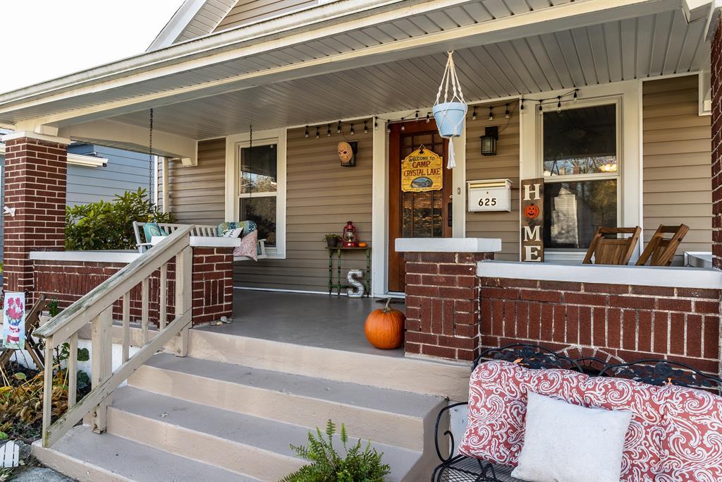 Entrance for 625 Weller Avenue Lindenwald, OH 45015