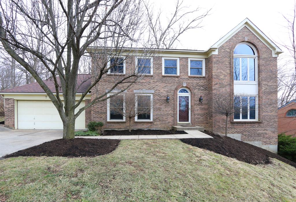 Exterior (Main) for 735 Foresthill Dr Crescent Springs, KY 41017