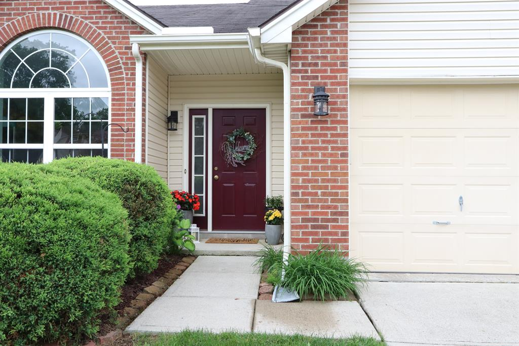 Entrance for 370 Bishea Ct Fairborn, OH 45324