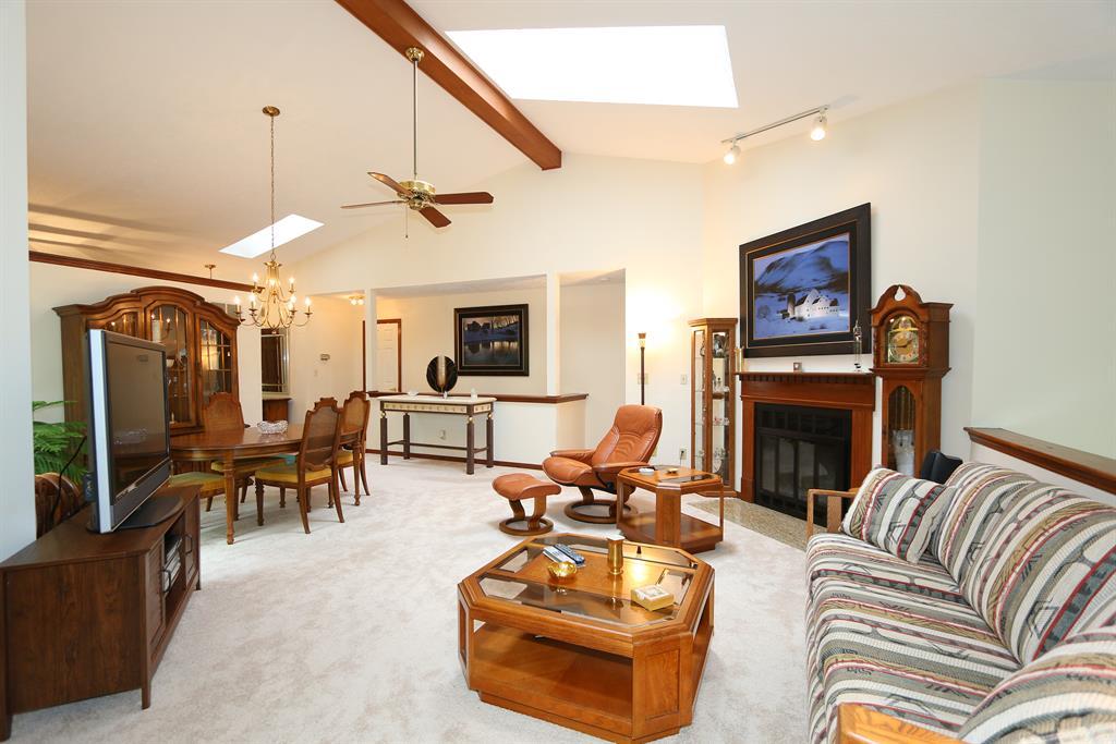 Living Room image 2 for 11738 Gable Glen Ln Symmes Twp., OH 45249