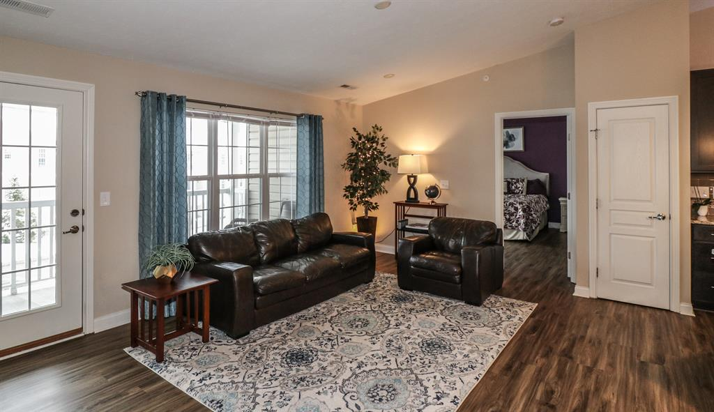 Living Room for 458 Ivy Ridge Dr Cold Spring, KY 41076