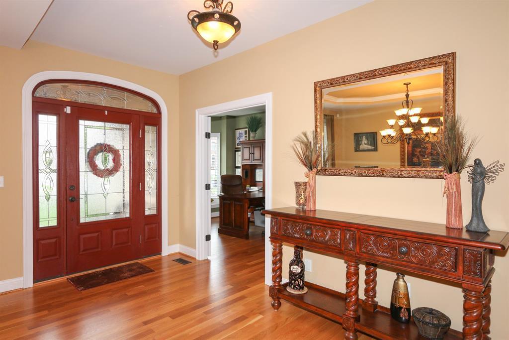 Foyer for 3796 Raymonde Ln Erlanger, KY 41018