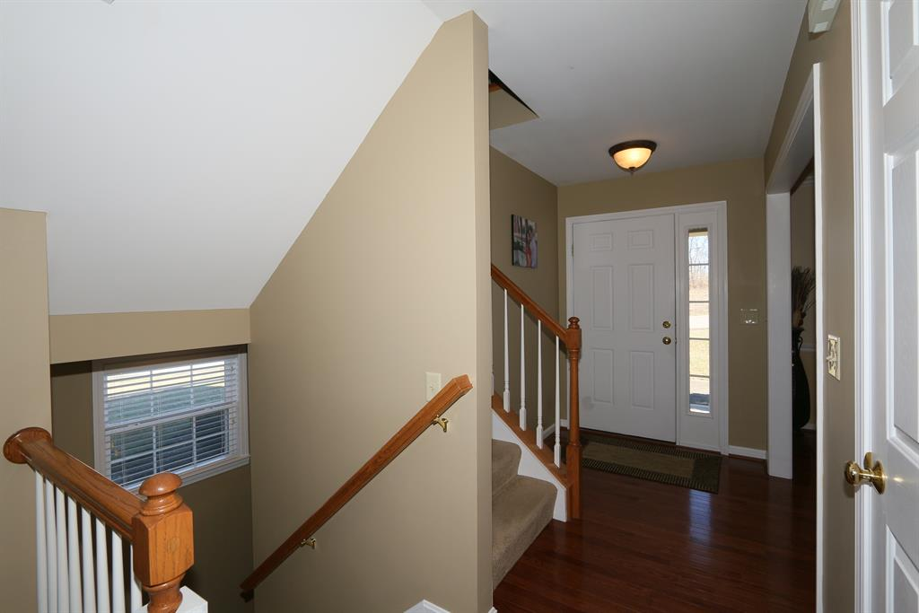 Foyer for 4867 Saddleridge Ct Independence, KY 41051