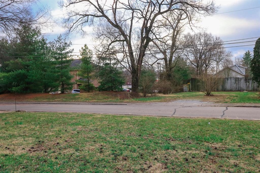 View 3 for 622 Center St Loveland, OH 45140