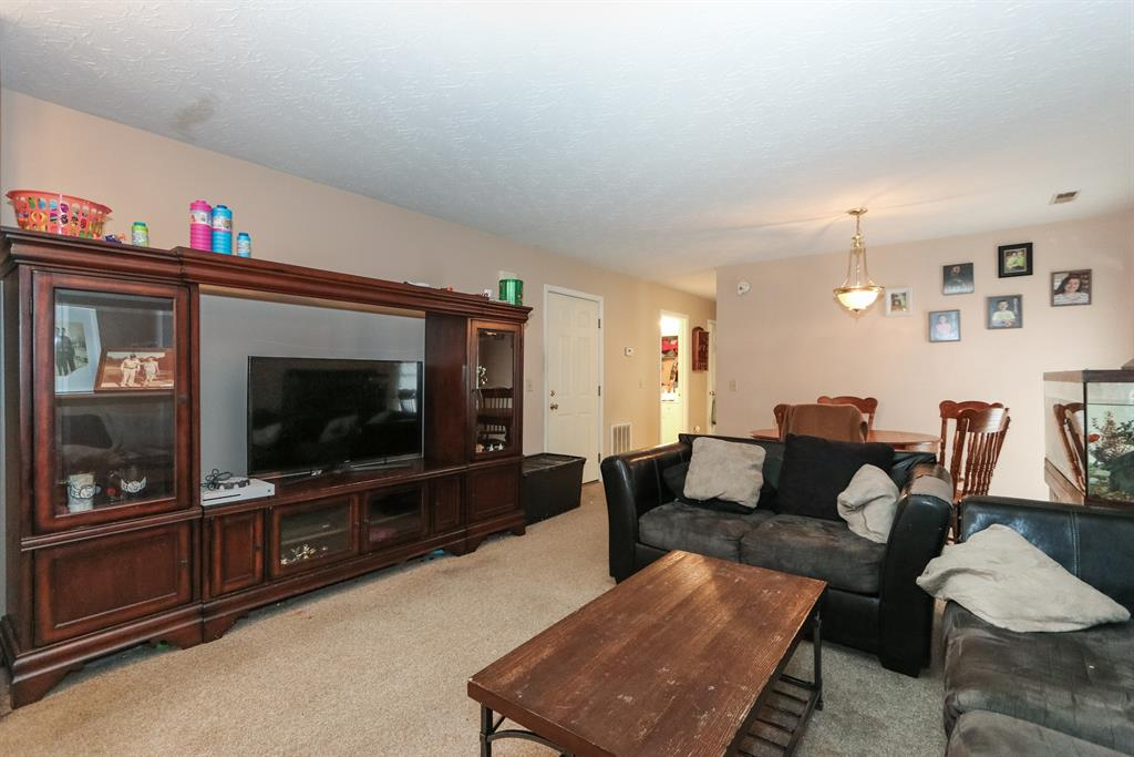 Living Room image 2 for 302 Taylor St Butler, KY 41006