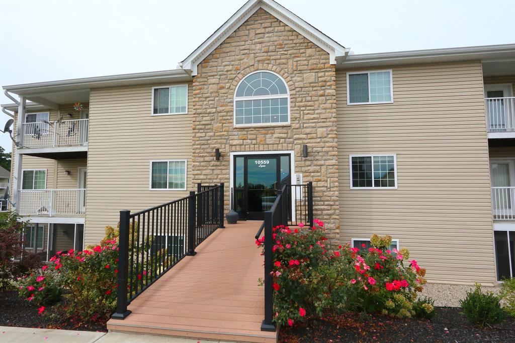 Entrance for 10559 Lynn Ln, 3 Alexandria, KY 41001