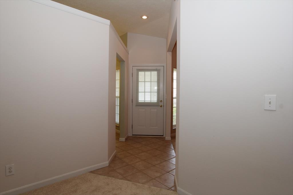 Foyer for 505 Shadow Ridge Dr Cold Spring, KY 41076