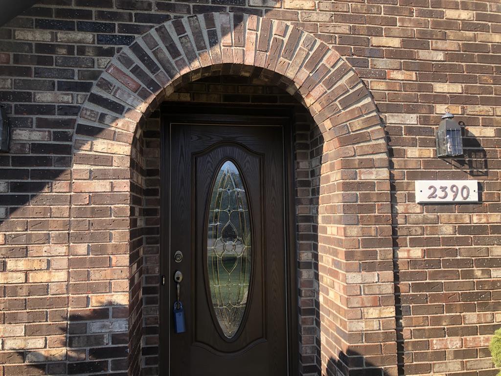 Entrance for 2390 Oaktree Dr Fairfield, OH 45014