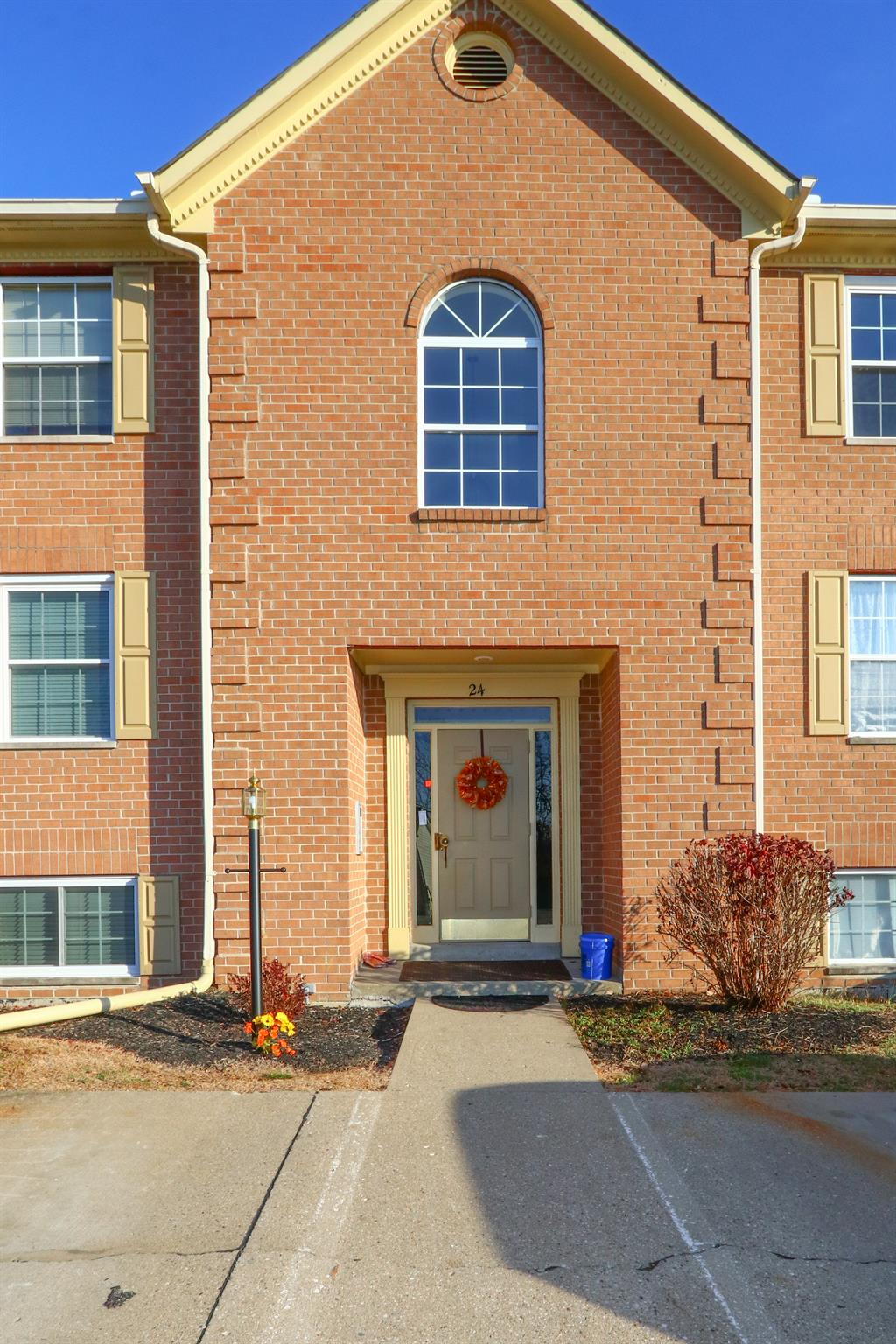 Entrance for 24 Highland Meadows Cir, 12 Highland Heights, KY 41076