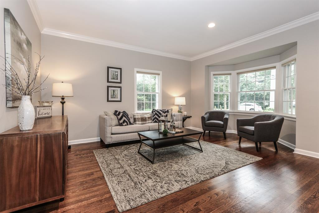 Living Room for 6980 Murray Ave Mariemont, OH 45227