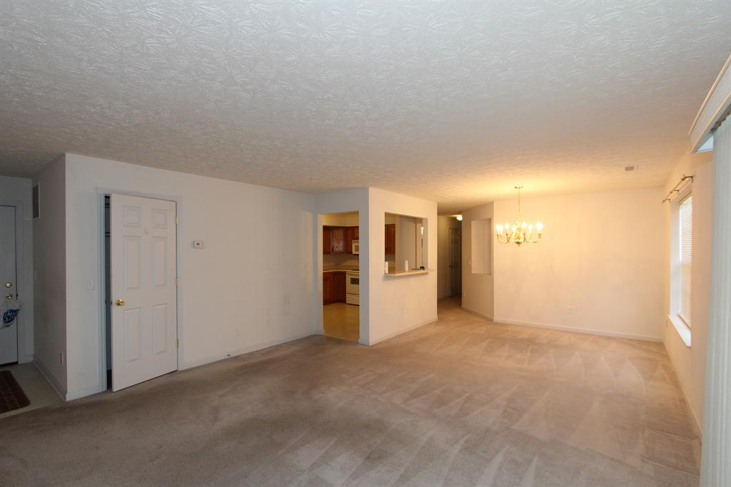 Living Room image 2 for 2120 Ingham Mill Ln, 6 Bright, IN 47025