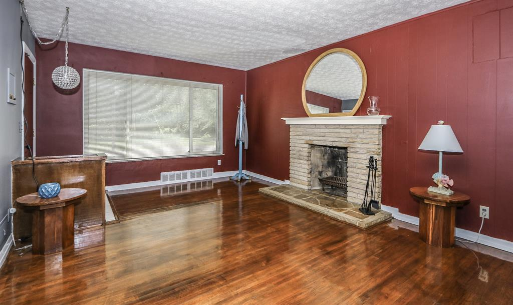Living Room image 2 for 6417 Mona Lisa Ct Springfield Twp., OH 45239