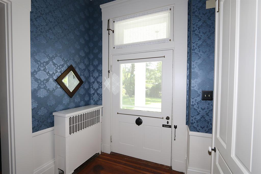 Foyer image 2 for 6737 Hamilton Middletown Rd Monroe, OH 45044