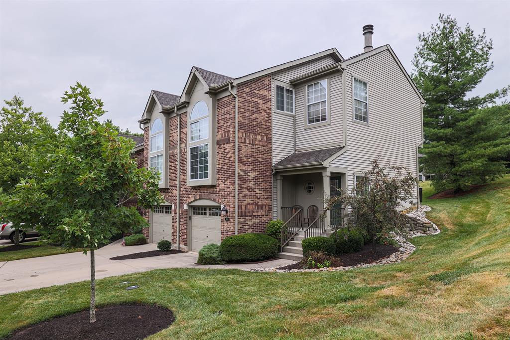 Exterior (Main) 2 for 4945 Lord Alfred Court Sharonville, OH 45241