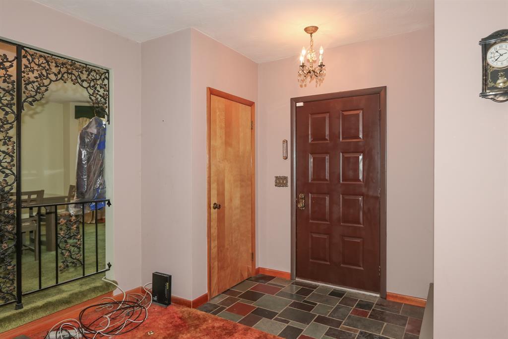 Foyer for 28426 Post 464 Rd Brookville, IN 47012