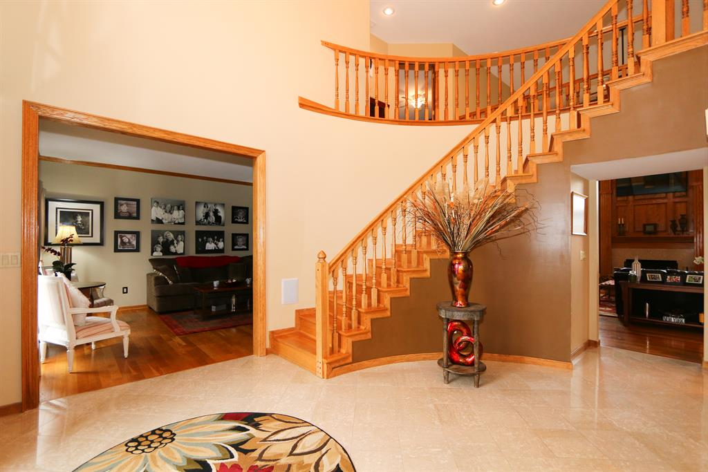 Foyer for 7258 Clubhouse Ct West Chester - West, OH 45069