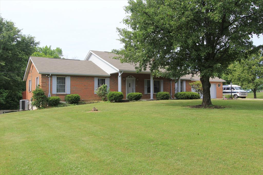 Exterior (Main) for 365 Bracht Piner Rd Crittenden, KY 41030