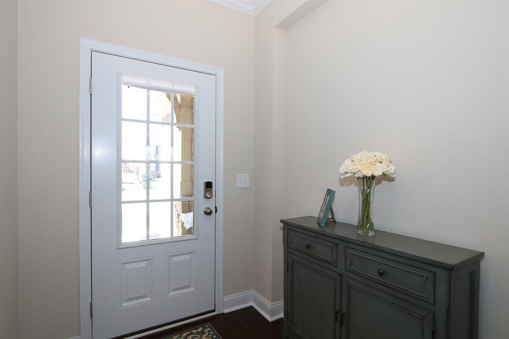 Foyer for 3451 Southway Rdg Erlanger, KY 41018