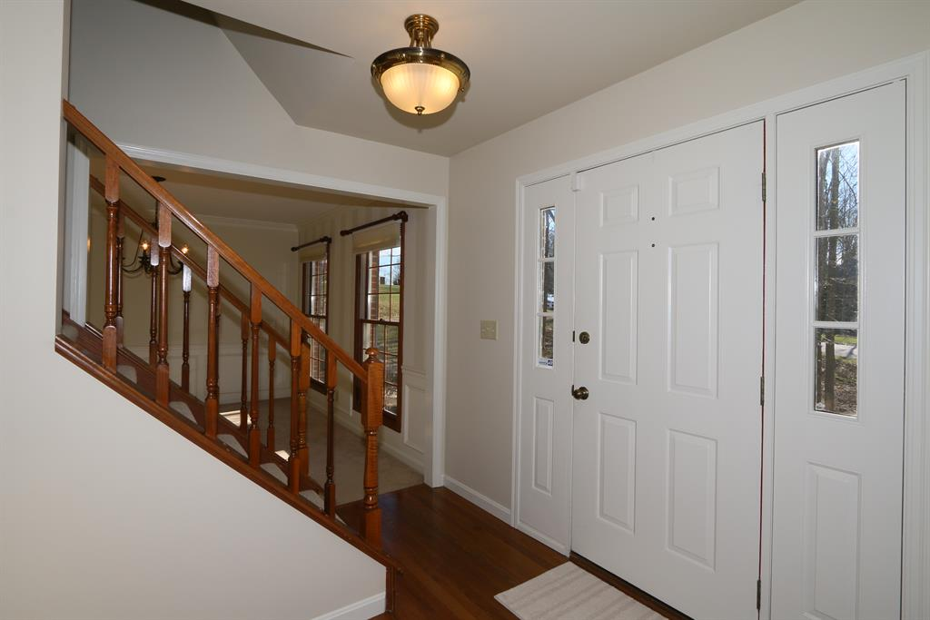 Foyer for 9744 Windsor Way Union, KY 41042