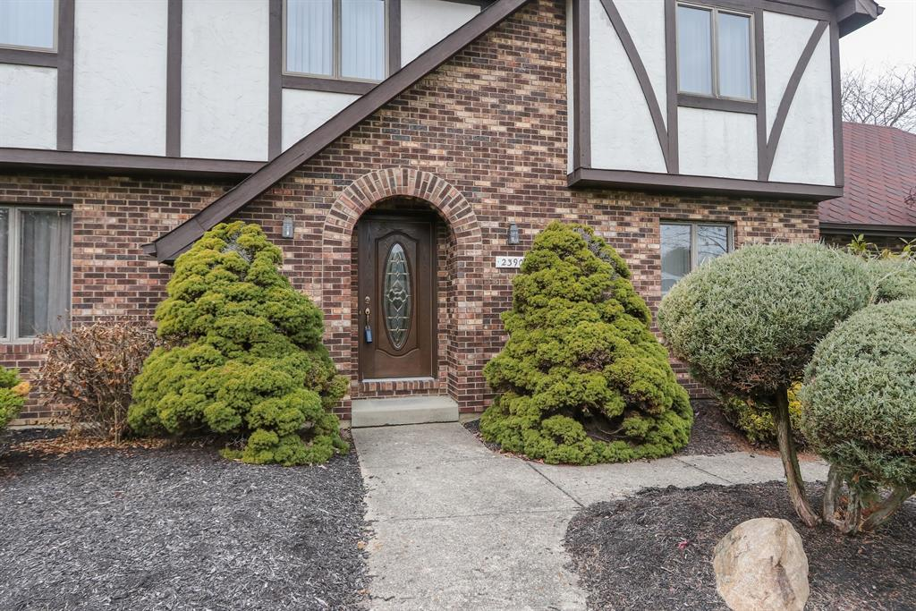 View for 2390 Oaktree Dr Fairfield, OH 45014