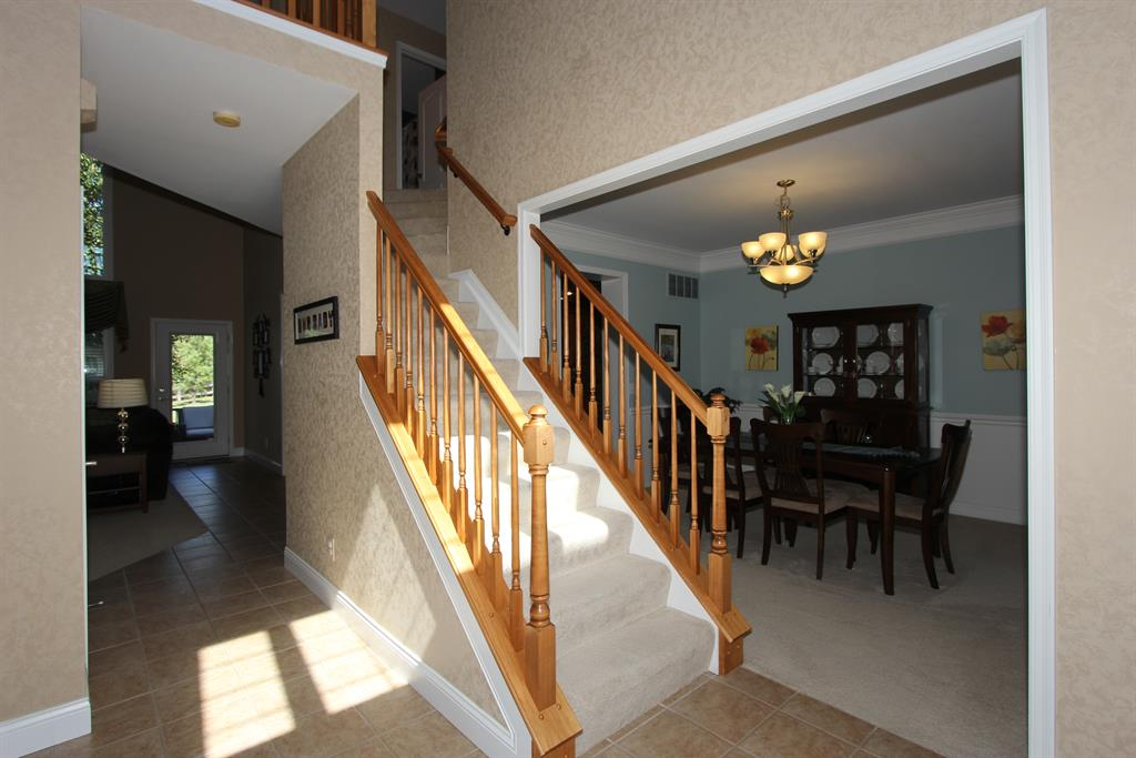 Foyer for 2408 Lost Willow Ct Hebron, KY 41048