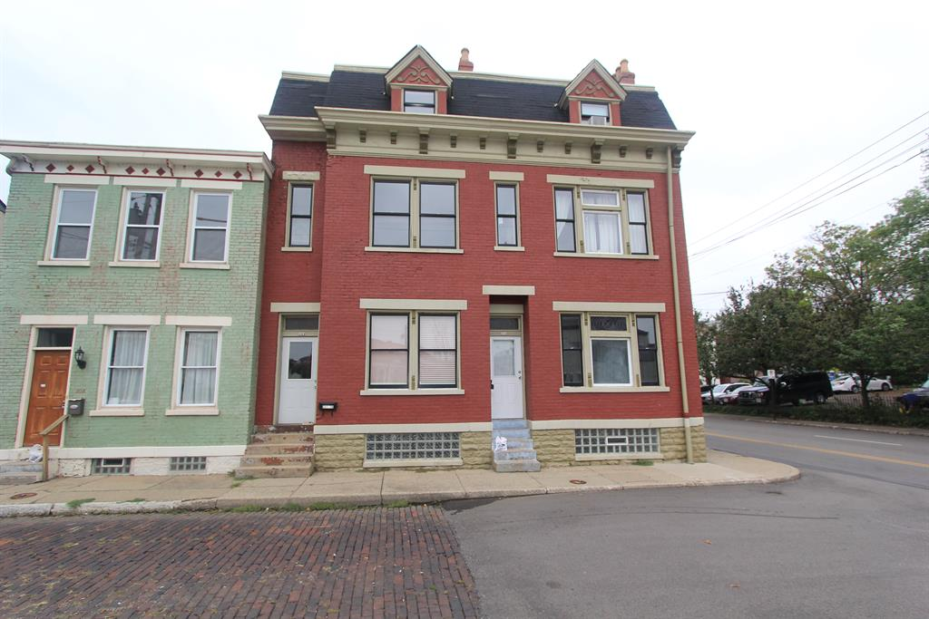 Exterior (Main) for 204 Athey St, 2B Covington, KY 41011