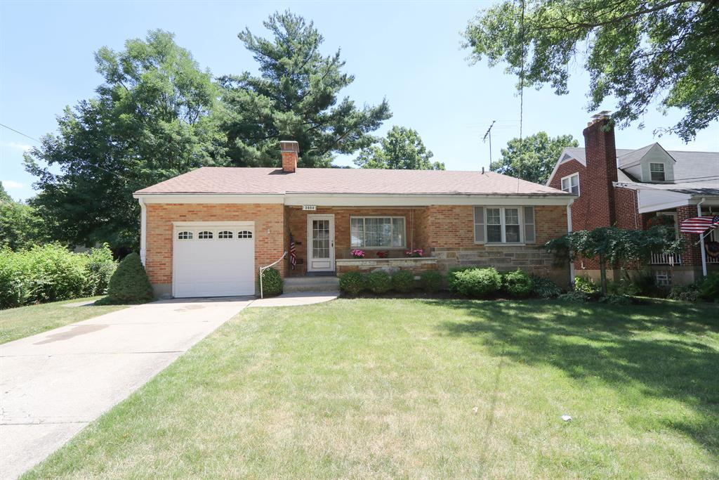 3998 Roswell Ave Cheviot, OH