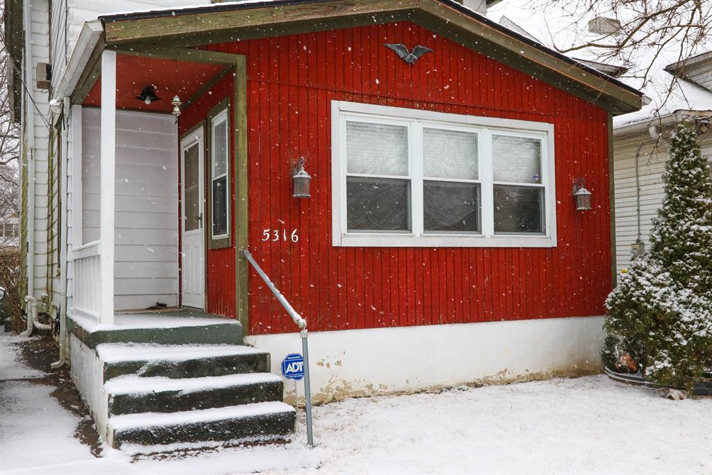 Entrance for 5316 Whetsel Ave Madisonville, OH 45227