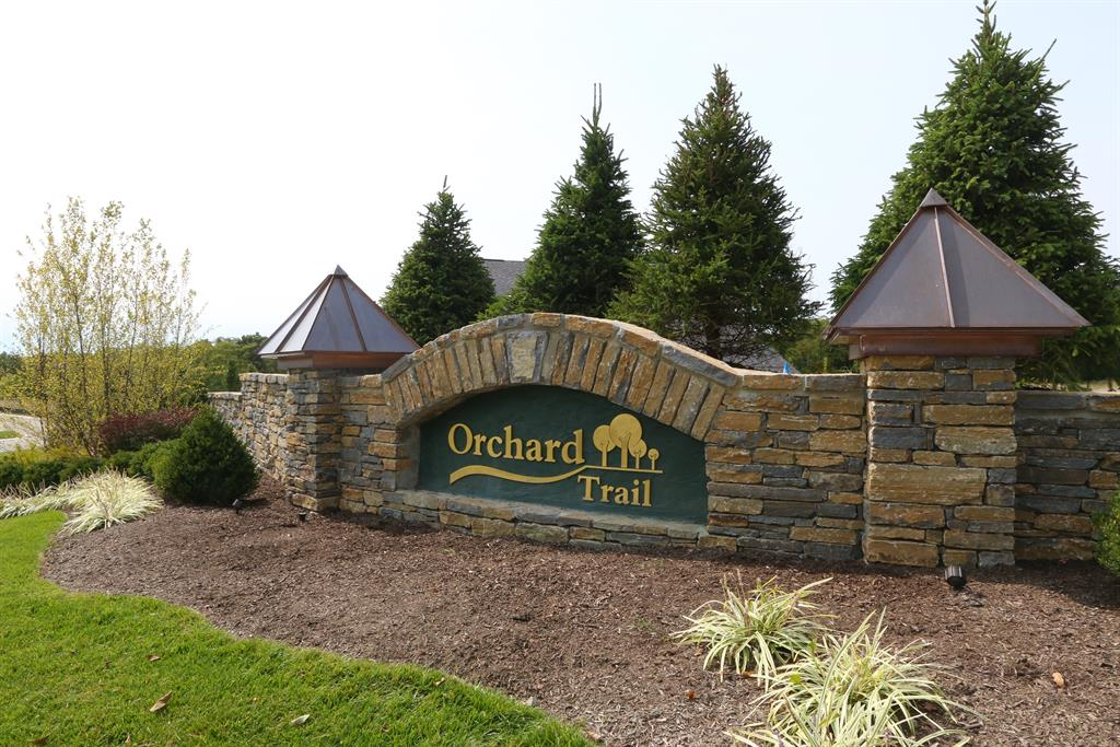 Community for 7 Orchard Trail Dr Montgomery, OH 45242