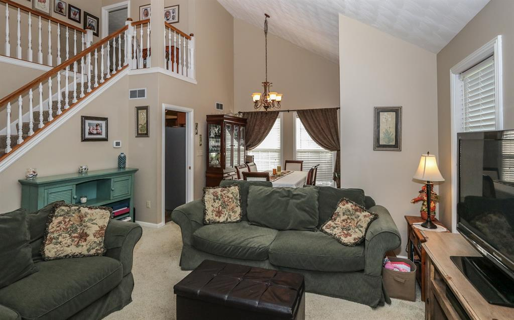 Living Room image 2 for 1223 SUNSET DR LAWRENCEBURG, IN 47025