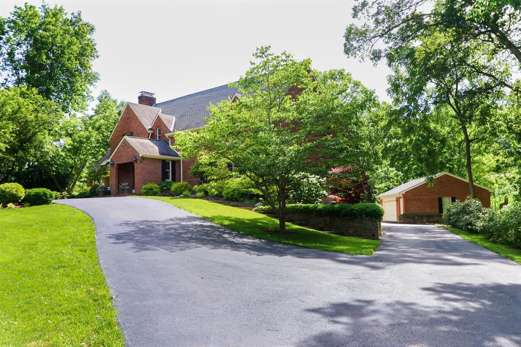 Exterior (Main) 2 for 6787 Glen Acres Dr Amberley, OH 45237
