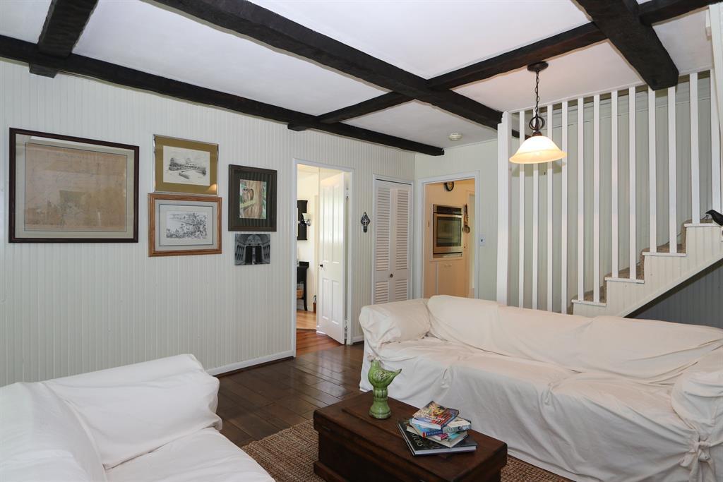 Living Room for 13 Hillside Dr Ryland Heights, KY 41015