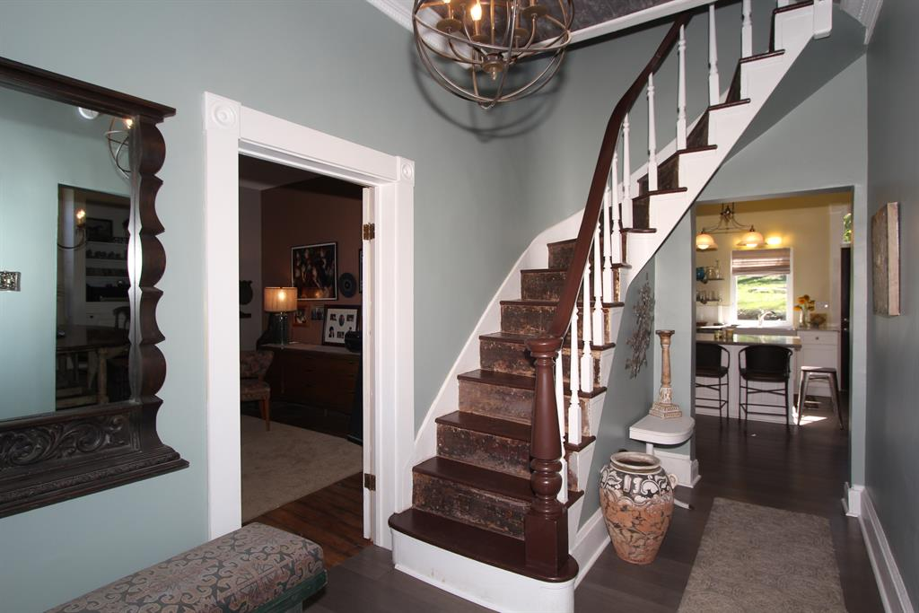 Foyer for 1116 6th Ave Dayton, KY 41074