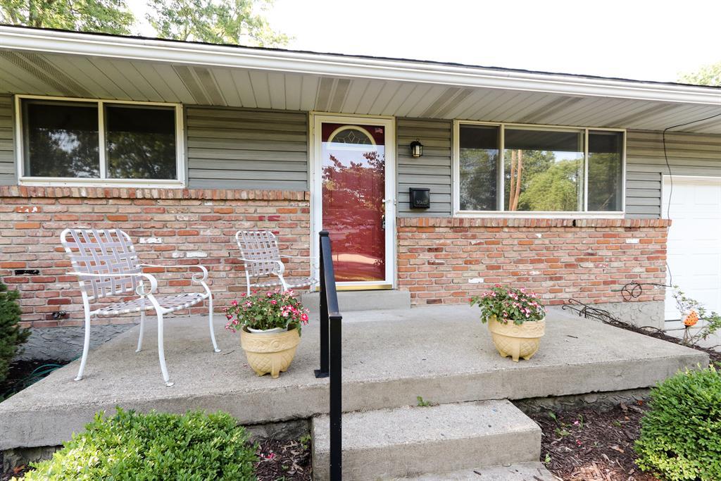 Entrance for 1955 Rollins Dr Loveland, OH 45140