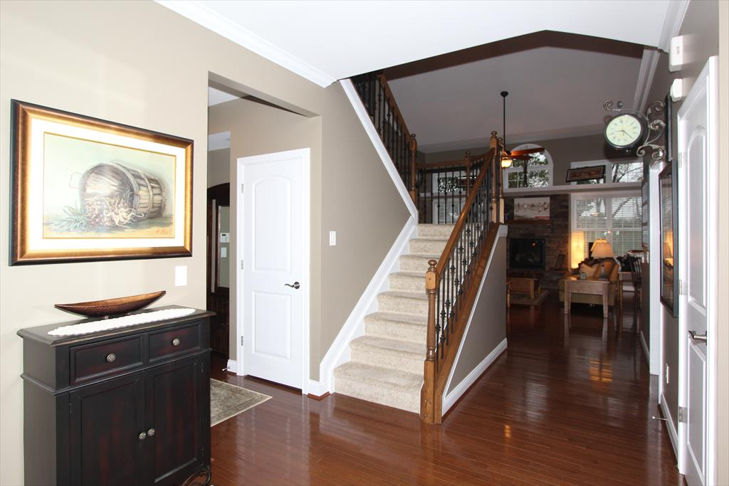 Foyer for 2619 Twin Hills Ct Union, KY 41091