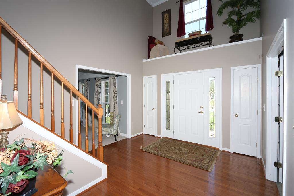 Foyer for 909 Doeridge Dr Erlanger, KY 41018