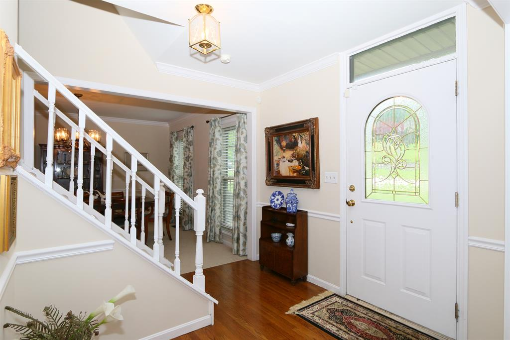 Foyer for 995 Riverwatch Dr Villa Hills, KY 41017