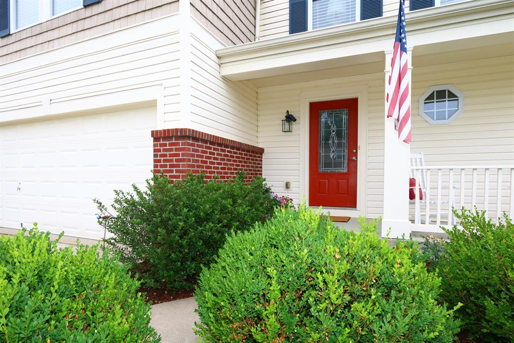 Entrance for 10208 Meadow Glen Independence, KY 41051