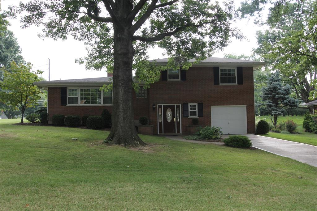 Exterior (Main) for 828 Mary St Villa Hills, KY 41017