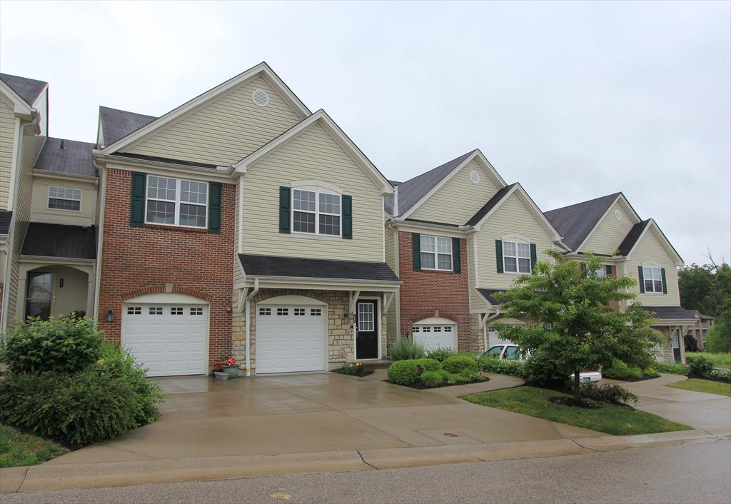 real estate photo 1 for 3000 Divot Dr Burlington, KY 41005