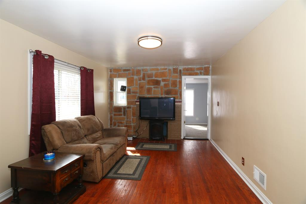 Living Room for 263 Monitor Ave Sayler Park, OH 45233