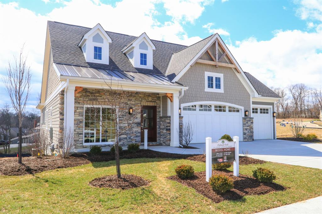 25 Orchard Trail Dr Montgomery, OH