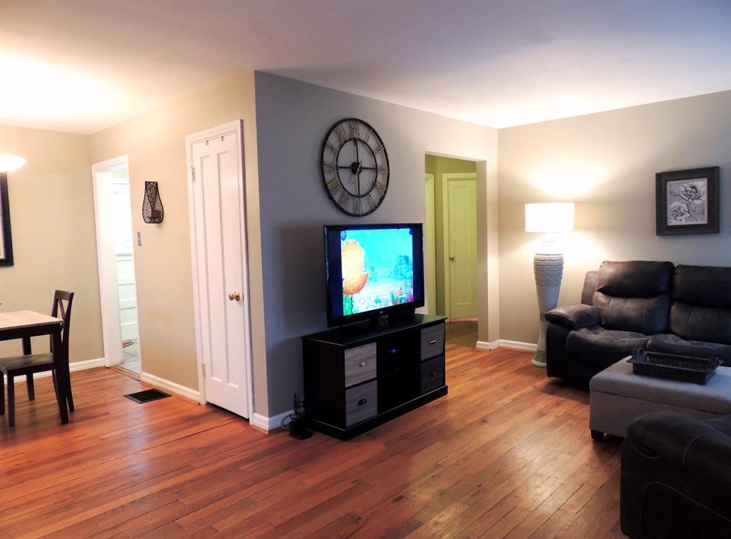 Living Room for 1354 Bursal Ave Mt. Washington, OH 45230