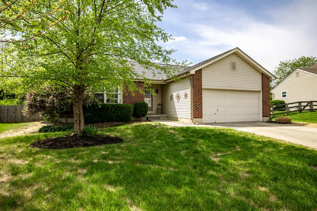 Exterior (Main) 2 for 3201 Springview Drive Fairfield Twp., OH 45011