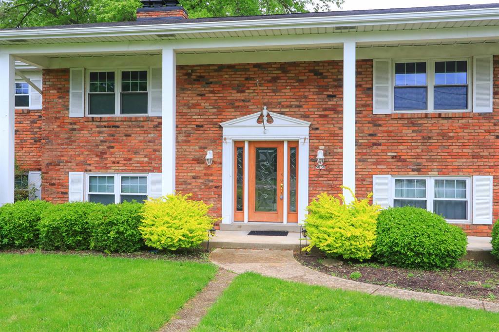 Entrance for 8838 Kenwood Rd Kenwood, OH 45242