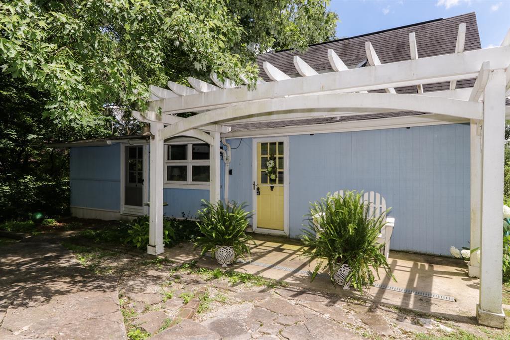 Porch for 13 Hillside Dr Ryland Heights, KY 41015